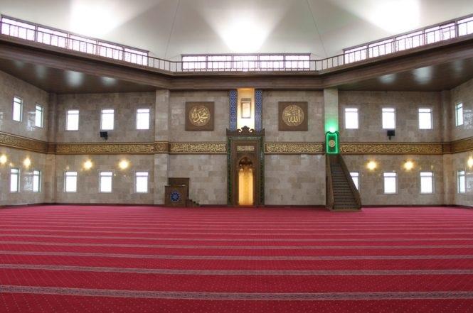 Huzurlu İbadetin Adresi Temiz Camiler